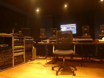 Studio 129 H-2